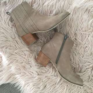 Nude/Taupe Boots