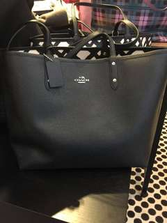 CLEARANCE! 💯% Authentic Coach Reversible Tote