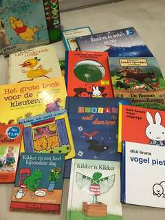 🚚 Various Dutch story books