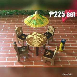 Miniature table & chairs