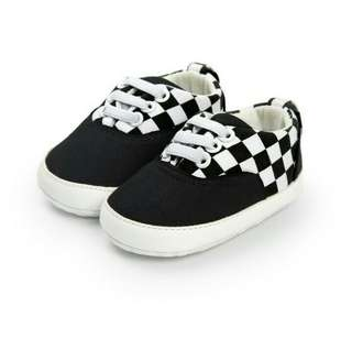 Checkered vans type shoes