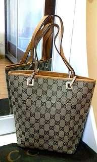 Authentic Small Gucci Tote bag