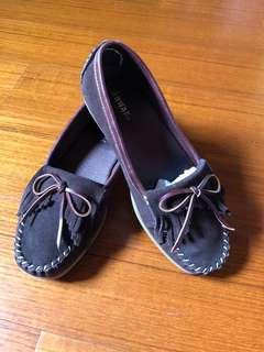 🚚 女用休閒鞋