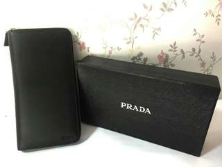 PRADA CHECKBOOK WALLET BLACK SAFFIANO WITH SERIAL