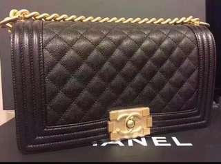 Chanel Boy 25cm荔枝皮金色扣