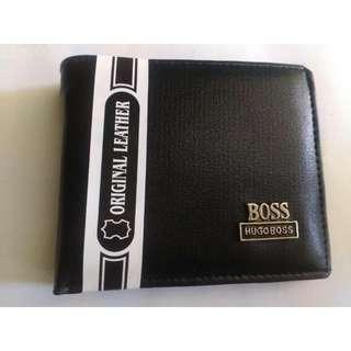 Dompet pendek pria bahan kulit sintetis