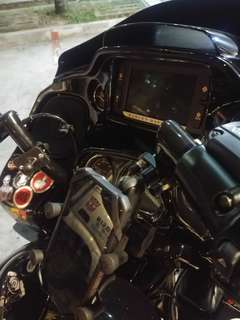 MWUPP Handphone Mount installed on Harley Davidson Road Glide