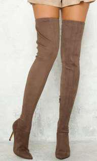 Lipstick Bazar Mocha Thigh Boots