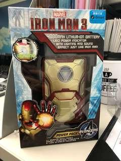 全新 Ironman 充電器 4000 MAH