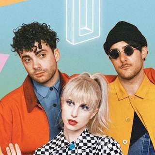 Looking for 2 paramore tickets (magkalapit) PHP4000-6000