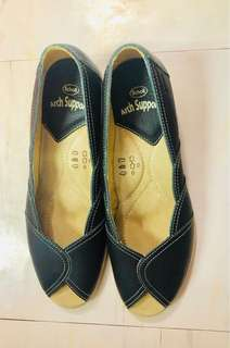 Scholl with Arch Support Wedge Shoes