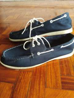 Preloved Boat Shoes