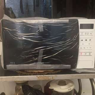 New! SAMSUNG Microwave Oven