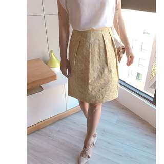🚚 【夏日義大利】上班族輕鬆配-俏麗短裙 (淺黃色)