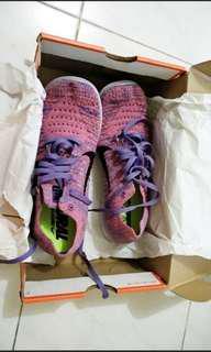 Nike shoes #maudecay