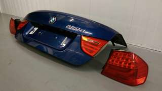 BMW E90 Facelifted Tail lights And Bonnet