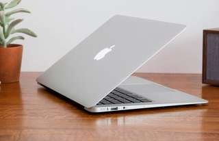 MacBook Air 13 256GB version 2011 model