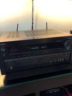 Onkyo TX-NR838 Dolby Atmos, 2.5 yrs, 4K, Wifi, THX, Bluetooth TOP of the line. FOC High grade cables