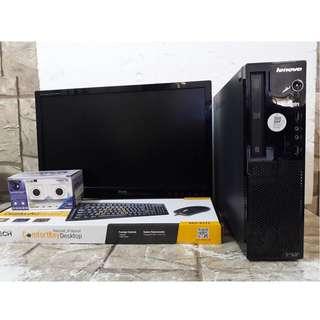 COMPUTER GAMING DESKTOP