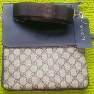 bc7be3e5d2 READY STOCK BN UNISEX GUCCI   LV BURBERRY MESSSENGER   CROSSBODY BAGS WITH  SLING    35