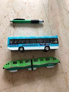 Collectibles KAL bus & Sentosa Monorail -2 pcs - further reduced to clear