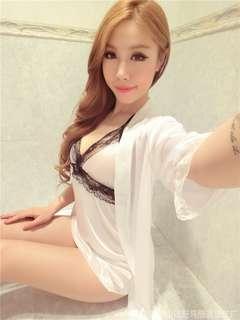 🚚 情趣性感絲滑V領蕾絲邊睡裙+睡袍+內褲三件組—白色