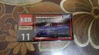 TAKARA TOMY NISSAN SKYLINE GT-R V SPEC II NÜR (Premium) 11