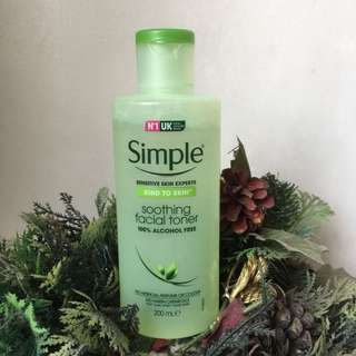 SIMPLE Soothing Facial Toner 100% Alcohol Free