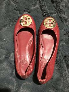 Authentic Tory Burch quilted flats