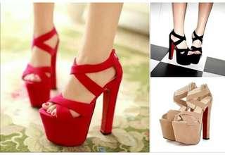 #預購 #女鞋 性感粗高跟20CM後拉鍊女鞋 620元 尺碼👉34~39 顏色👉玫紅/黑/杏
