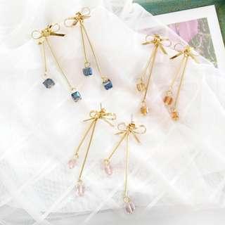 【現貨】日系蝴蝶結三色水晶閃亮方糖百搭時尚耳針耳環