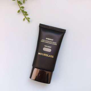 Hourglass Ambient Dim Light Primer