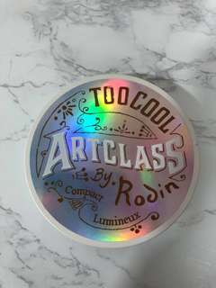Too Cool For School Artclass By Robin Compact Lumineux Varnish