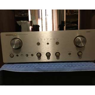 Marantz PM7000 Stereo Integrated Amplifier (100 Watts RMS per channel)