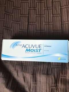 1 Day Acuvue Moist (250 degrees) - 30 lenses