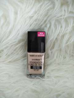 #maudecay Wet and wild photofocus foundation
