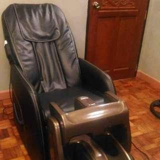Jmg sofa massager and ogawa omknee theraphy
