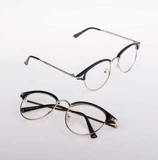 Sunnies & Specs ❤️