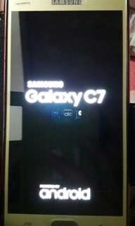 Samsung galaxy c7 金色 香港版 4G 雙卡 智能手機 機身有掉漆 跟64gb  三星micro sd  快卡