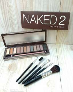 Eyeshadow NAKED 2, GRATIS kuas isi 5 dari MAC