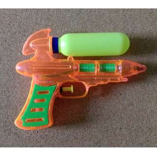 Water Pistol Gun Mini Soaker with spare storage bulb