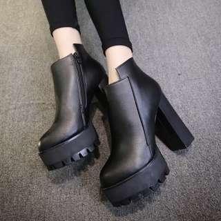 🚚 歐美粗跟高跟鞋