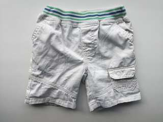 PRELOVED MOTHERCARE Boy's White Cotton Short Pants - in average good condition