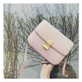 Celine粉色box