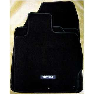 Toyota Prius (ZVW30)(09-15) car mats.