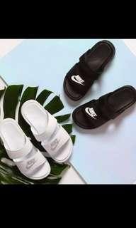 🚚 Nike 忍者拖鞋 黑色 白色 拖鞋 涼鞋 沙灘鞋