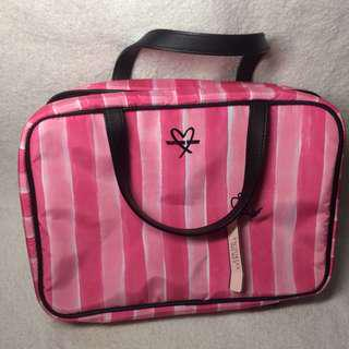 VS toiletry bag