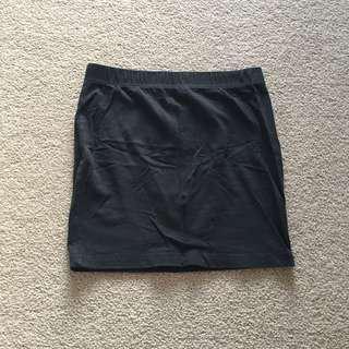 Supre black mini skirt