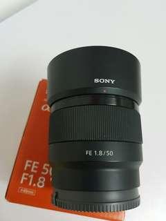 sony FE 50/f1.8 Zeiss 24-70/F4 full Frame lens