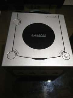 Gamecube (console only)